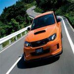 Subaru Impreza STi naranja frontal